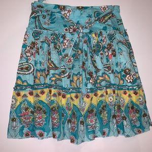 Girls cotton floral skirt w/ subtle sequin detail